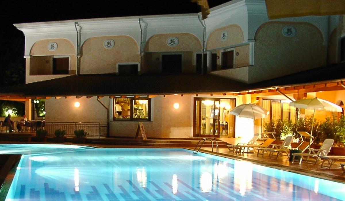 Hotel Club Le Rose