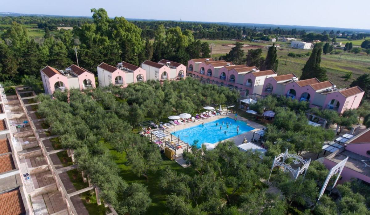 Family Village Hotel