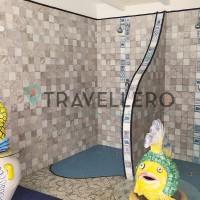 Park Hotel La Villa Resort showers