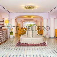 Hotel Gran Paradiso hall 2