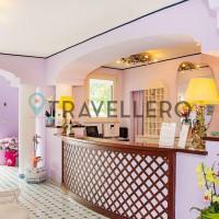 Hotel Gran Paradiso hall 1