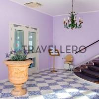 Hotel Gran Paradiso stairs