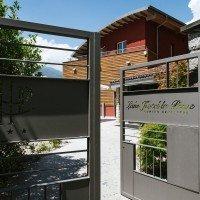 Lake Hotel La Pieve entrance gate