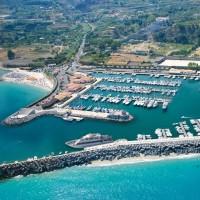 Hotel La Pineta the port