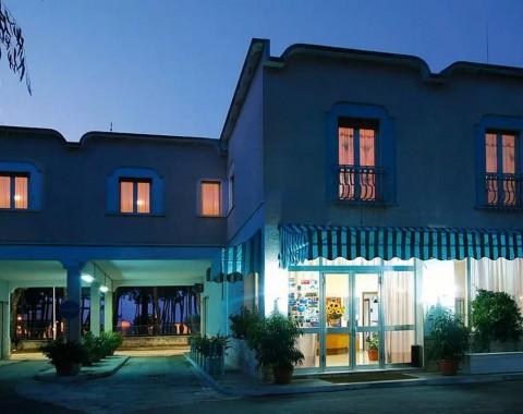 Hotel La Pineta - Foto 2
