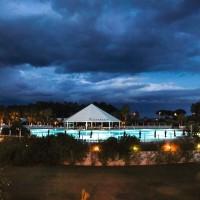 Club Esse Sunbeach pool bar
