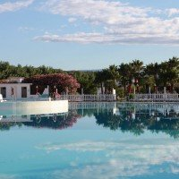 Club Esse Sunbeach particular lagoon pool
