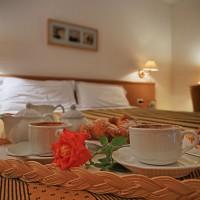 Hotel La Luna breakfast in the room