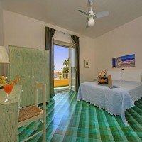 Hotel La Luna quadruple room