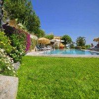 Hotel La Luna by the pool