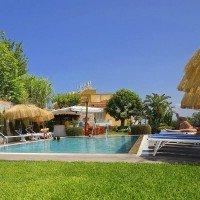 Hotel La Luna by the pool-1