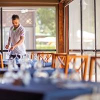 TH Baia degli Achaeans restaurant room details